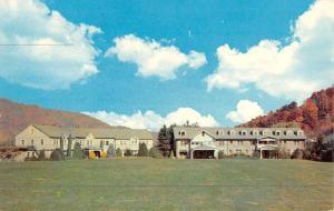 Waynesville North Carolina Country Club Street View Vintage Postcard K46995