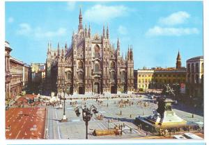 Italy Milan Piazza Del Duomo Cathedral 4X6 Postcard