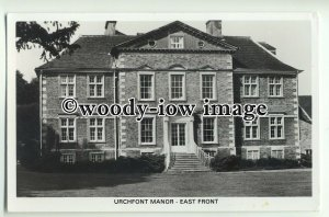 tp8922 - Wilts - Early View of the East Front of Urchfont Manor - Postcard