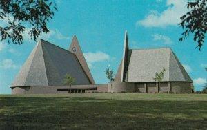 COLUMBUS, Indiana, 1950-60s ; First Baptist Church