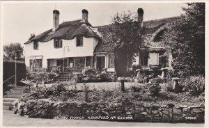 RP: Nr EXETER, Devon, England, 30-40s ; Haldon Thatch, Kennford