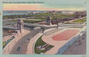 Illinois Chicago Worlds Most Beautiful Plaza Grant Park 1945