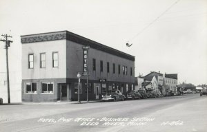 RP: DEER RIVER , Minnesota , 1940s ; Main Street