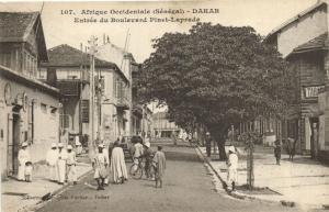 CPA Sénégal Afrique Dakar Entrée du Boulevard Pinet-Laprade (70001)