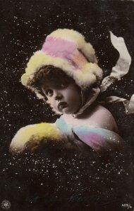 RP: Child in a bonnet by STEGLITZ , 1904