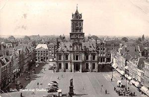 Markt met Stadhuts Delft Holland 1958