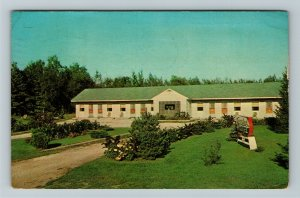 Munising MI- Michigan, Greenland Motel, Advertising, Chrome c1965 Postcard