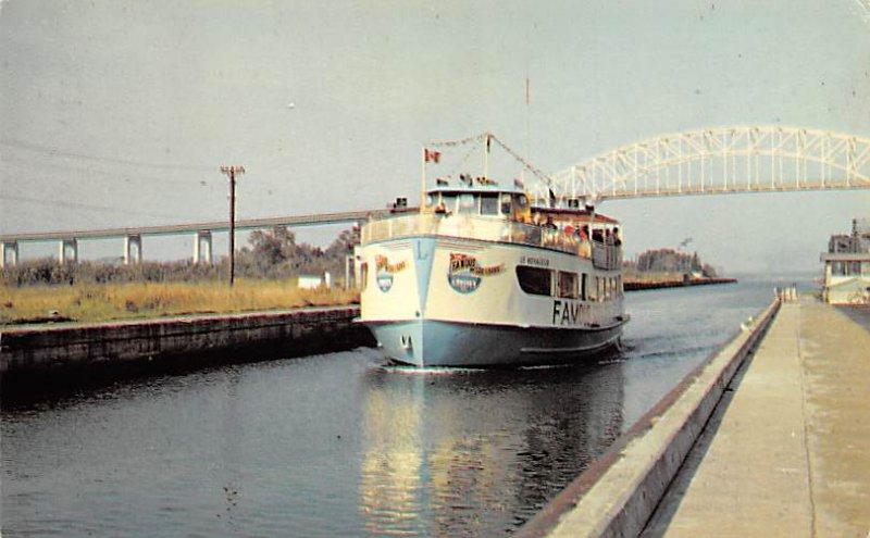 Canals USA Post Card Canadian Soo Locks Sault Ste Marie, Michigan, USA 1968