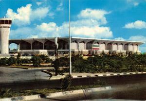 View of Dubai Airport building 1987 Postcard