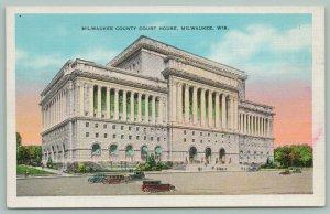 Milwaukee Wisconsin~County Court House~Vintage Cars~c1940~Postcard