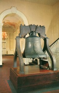 10697 Liberty Bell, Independence Hall, Philadelphia, Pennsylvania 1956