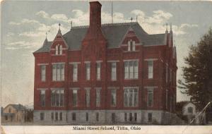 F12/ Tiifin Ohio Postcard c1910 Miami Street School Building