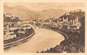 Salzburg von Muelln Gesamtansicht Bruecke Bridge River Church