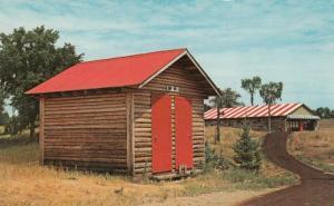 FARADAY , Ontario , 50-60s ; Lavallee Tent & Trailer Park , Log Sauna