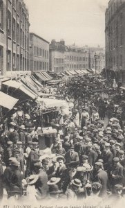 LONDON , England , 00-10s ; Petticoat Lane
