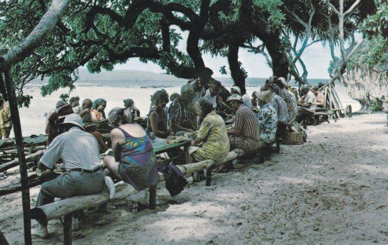 'Oholei Beach, Nuku'Alofa , TONGA , Plantain punch stand, 40-60s