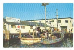 MOBILFUEL Boat gas stop , GALILEE , Rhode Island , 40-60s