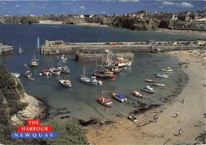 BR82055 the harbour newquay ship bateaux  uk