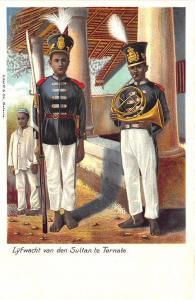 Lyfwacht van den Sultan te Ternale Batavia Tinted Real Photo RPPC Postcard