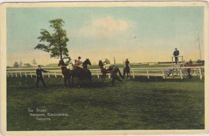 TORONTO , Ontario , Canada , 1900-10s , The Start , Woodbine Horse Race course