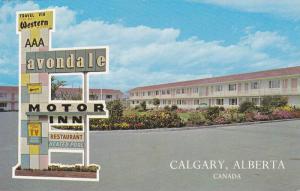 Exterior,  Avondale Motor Inn,  Calgary,  Alberta,  Canada,  40-60s