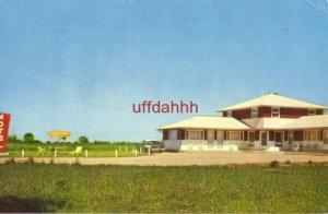 CLOVER LEAF MOTEL Highway 20 JESUP, IA 1964