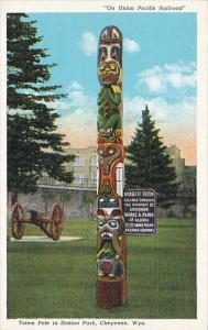 Wyoming Cheyenne Totel Pole in Station Park Curteich