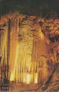 Famous Stage Curtain Of Mermac Caverns, Near STANTON, Missouri, 1940-1960s