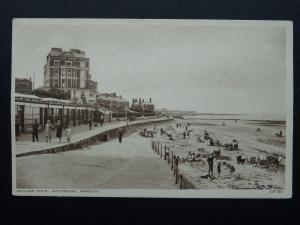 Kent MARGATE Nayland Rock Hotel WESTBROOK - Old Postcard by A.H.& S. LP201