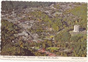 Greetings from Gatlinburg, Tennessee, Gateway to the Smokies, unused Postcard