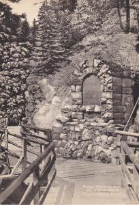 TRURO , Nova Scotia , Canada , 1930s; Ross Memorial , Victoria Park