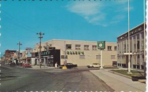 Main Street , BATHURST , New Brunswick , Canada , 50-60s : Bank of Montreal-R
