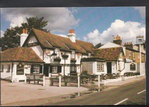 Middlesex Postcard - Pied Bull Public House, Bull's Cross, Enfield  K832