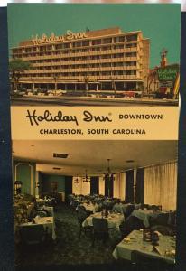 Postcard Unused Holiday Inn Downtown Charleston SC LB