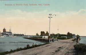BELLEVILLE , Ontario , Canada , 1917; Entrance to Victoria Park