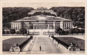 Austria Wien Vienna Gesamtansicht von Schloss Schoenbrunn Real Photo