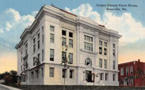Boonville Missouri Cooper Court House Street View Antique Postcard K43107