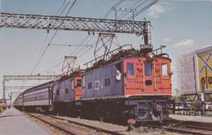 2 CNR Locamotive train engines , VAL ROYAL, Quebec , Canada , 50-60s