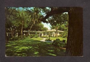 FL Siple's Siple Garden Seat Restaurant Clearwater Bay Florida Postcard