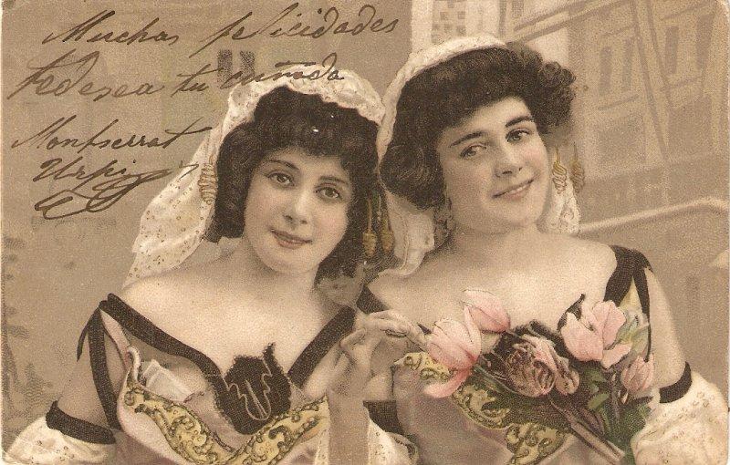 Ladies. The two sisters Nice old vintage Spanish postcard
