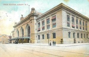 Albany New York~Union Railroad Station~Family on Corner~1909 Postcard