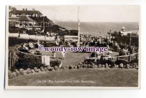 tq1897 - Hants - The Pier Approach c1930s, from Boscombe Cliffs - postcard