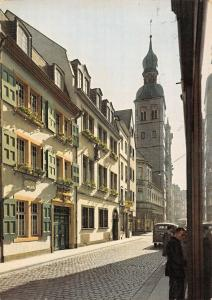 GG11754 Bonn Beethovens Geburtshaus, Beethovens Birthplace Auto Street Cars