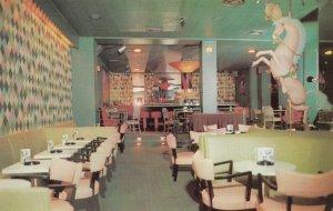 NEW ORLEANS , Louisiana , 1950-60s ; New Hotel Monteleone , Interior