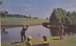 Golf , Teeing off across water , 40-60s