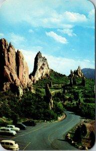 Pikes Peak , Colorado ~ ROADWAY HIGHWAY VINTAGE CHROME postcard PC