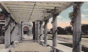 Peristyle, Gladstone Blvd,  Kansas City,  Missouri,   PU_1916
