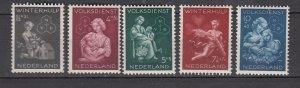 J26385  jlstamps 1944 netherlands set mnh #b149-53 chrildren