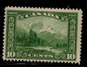 Canada Sc 155 1928 10 c Mt Hurd stamp mint NH