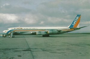 7905 Aviation Postcard  LAN CHILE B707 CC. CEA  Airlines